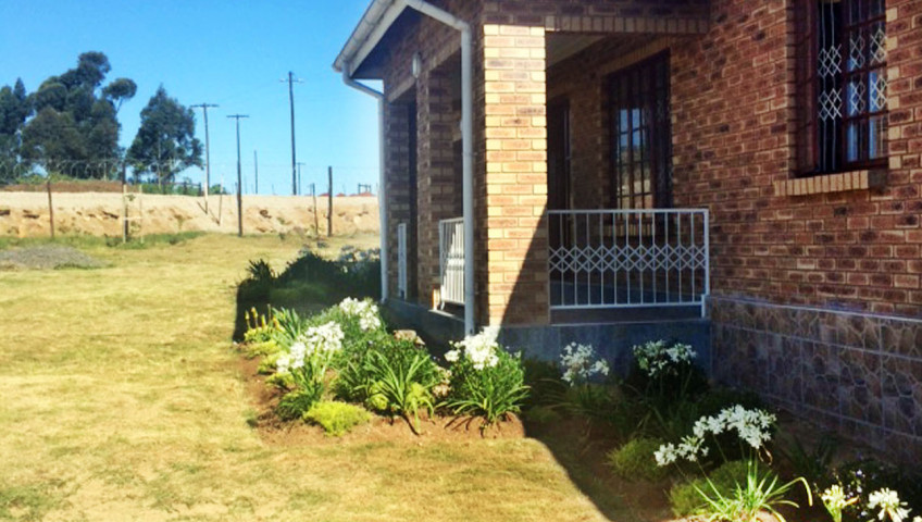 Residential_Landscapin_Eastern_Cape_South_Africa_2